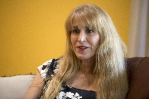 "Therese Serignese: ""Bill Cosby raped me"""